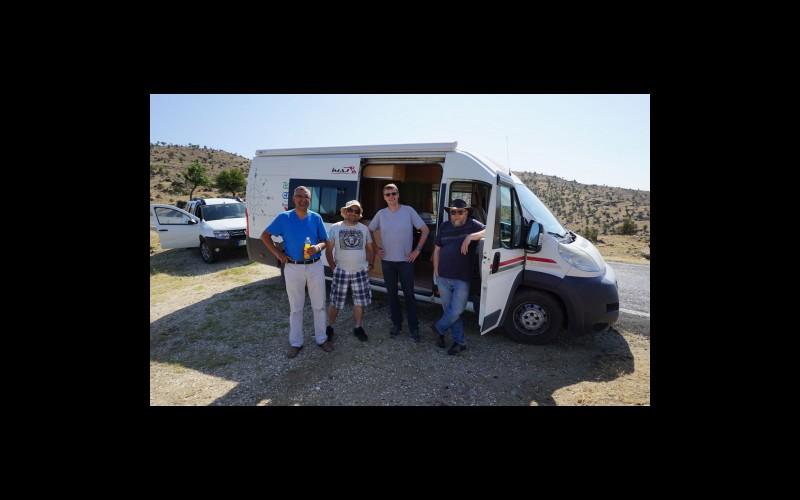 Jeopark alanında araştırma yapan bir uluslararası araştırma ekibi (Prof. Dr. Tuncer DEMİR, Dr. Ahmet Serdar Aytaç, Prof. Tom Veldkamp, Prof.Darrel Maddy)